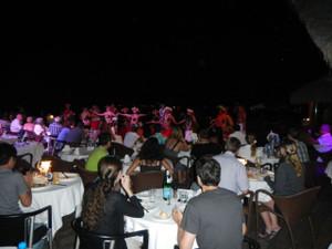 1hotel_tahitian_dance